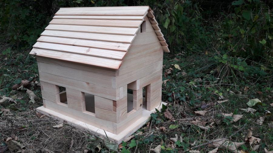 bausatz f r ein kinderspielhaus aus holz hausbausatz selber ein haus bauen ebay. Black Bedroom Furniture Sets. Home Design Ideas